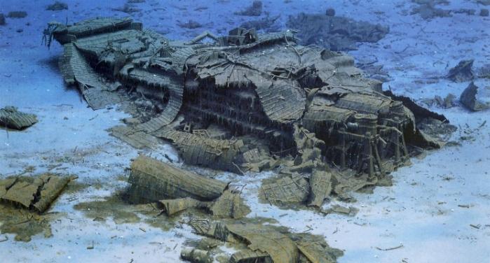 08 - Titanic039s stern today