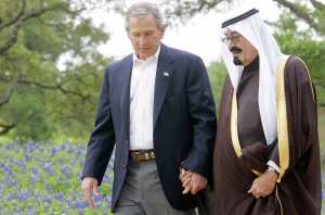 20150119tu-Diplomacy-US-President-George-W-Bush-holds-hand-with-king-saudi-arabia-6446422